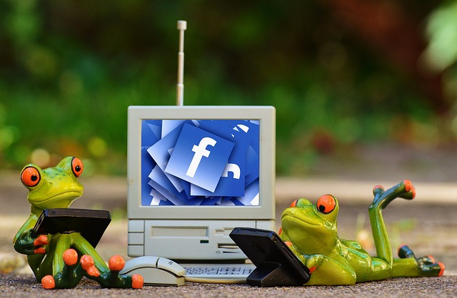 How to export facebook contacts to Excel? export facebook email addresses to Yahoo mail